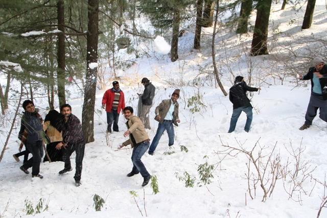 Best Vacation Spots in Pakistan Murree in winter